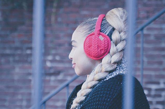 At Sound Huggle we believe in seeking adventure as a way to experience life #InspirationWednesdays - - -  #styleblogger #insidertech #insider #insiderstyle #wearabletech #Bluetooth #earmuffs #fallfashion #fallfashion2017 #winterfashion #winterfashion2017 #lookbook #falllookbook #London #nyc #startup #indiegogo #kickstarter #readyforfall #readyforwinter #snowday #instagood #pdx #chicago #fashionposts #ootdfashion #instafashionista #stylishlook #stylishwomen