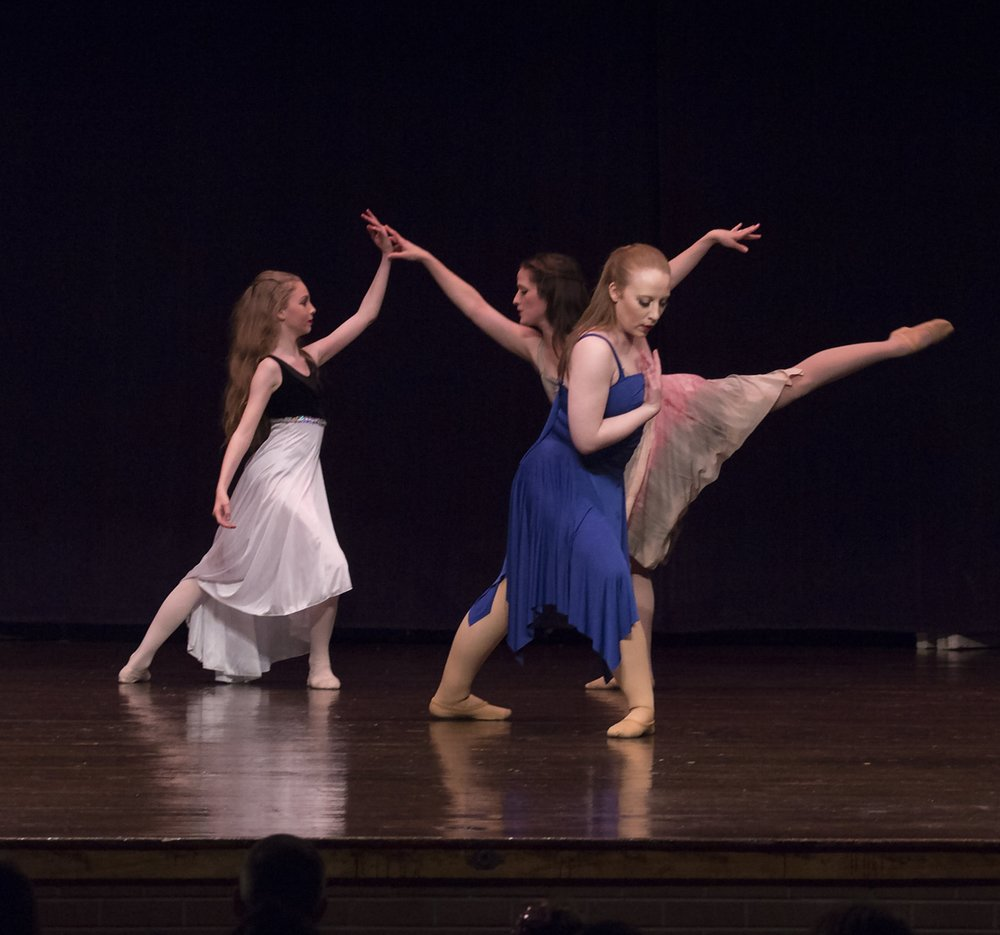 Satyagraha - Spring 2016  Dancers: (back left to right) Abby Walston, Lauren Proffit;  (front)  Lindsay Beck-Johnson   Photo by Miki Baxter