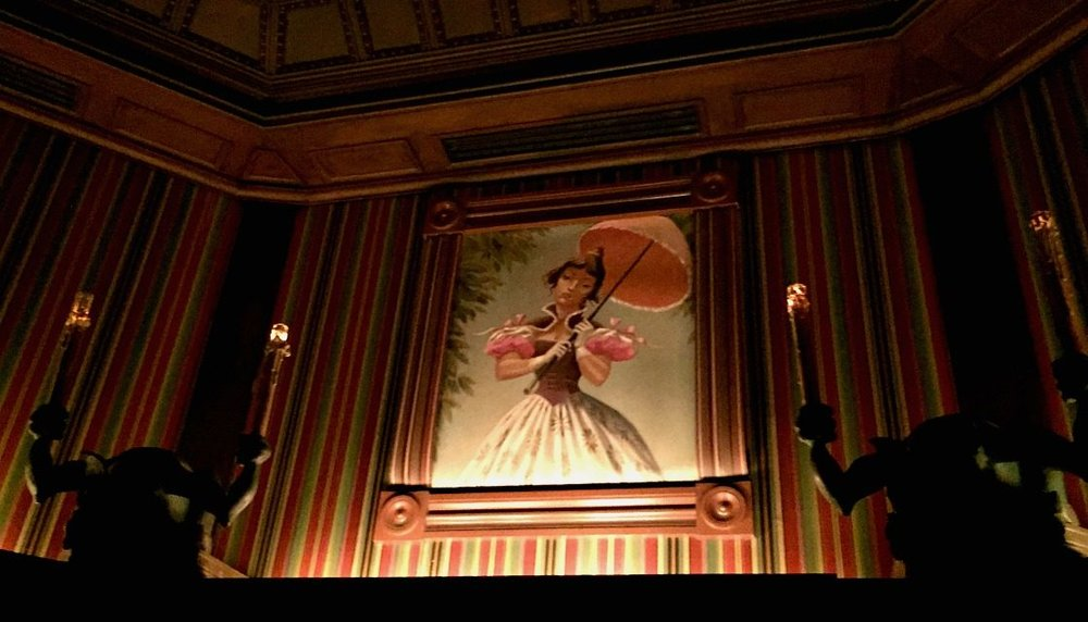 haunted-mansion-disneyland-stretching-room-1118x640.jpg