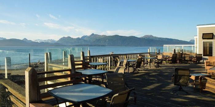 Lands-End-Resort-Wedding-Alaska-AK-7_main.1490131810.jpg