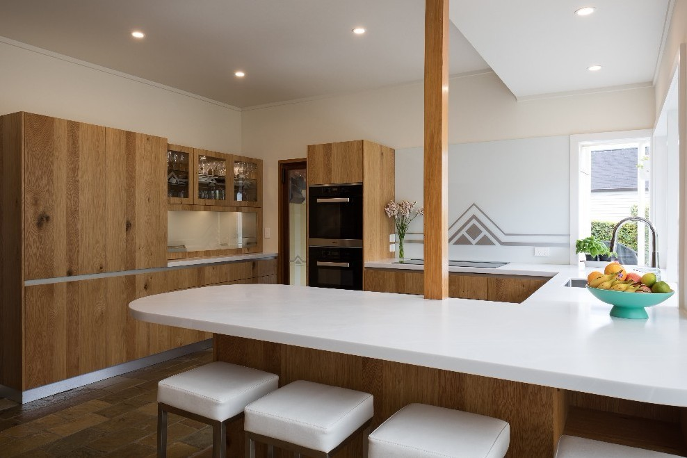 Art-Deco-Kitchen-White-Marble-Pan.jpg