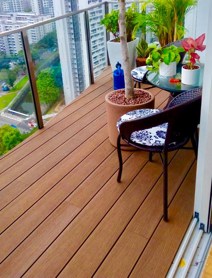 EvaLAST™ Teak for Balcony