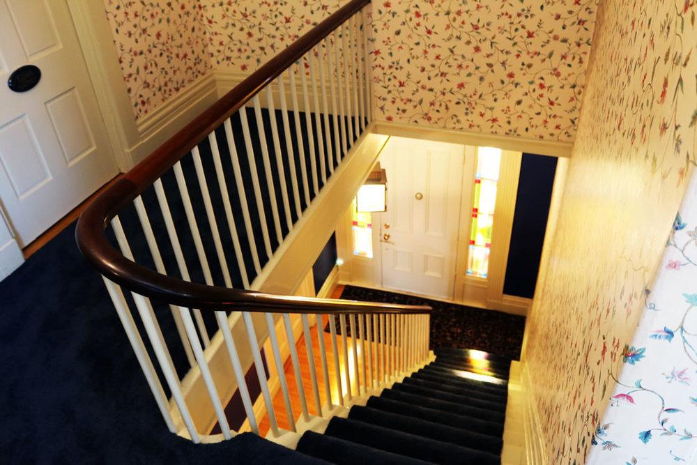 camden-maine-hotel_stairs1.jpg