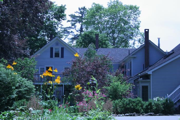 camden-maine-hotel_windward-house-garden.jpg