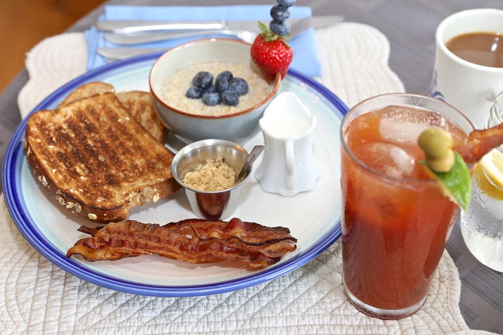 oatmeal-bacon-bloody-mary-web.jpg
