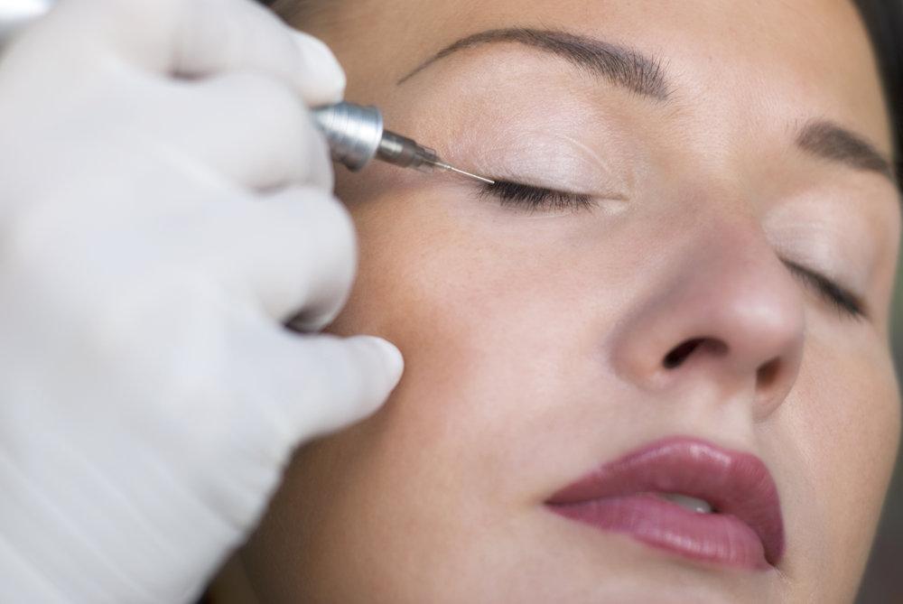 permanent-makeup-eyeliner-1.jpg