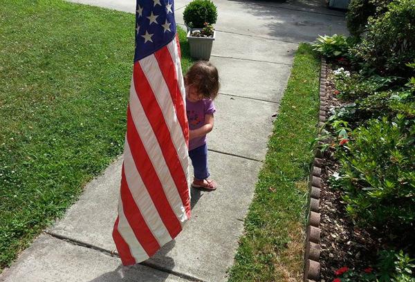 20140703 naomi and flag 1