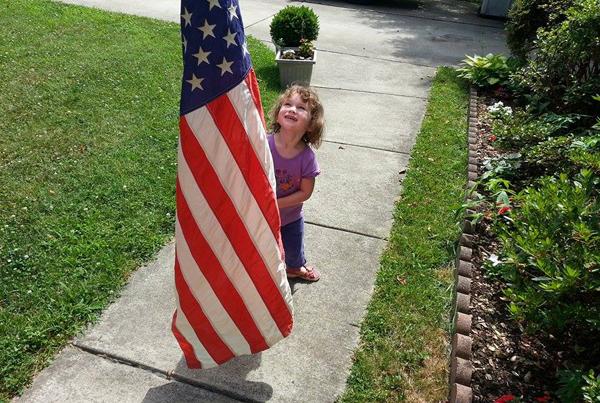 20140703 naomi and flag 3