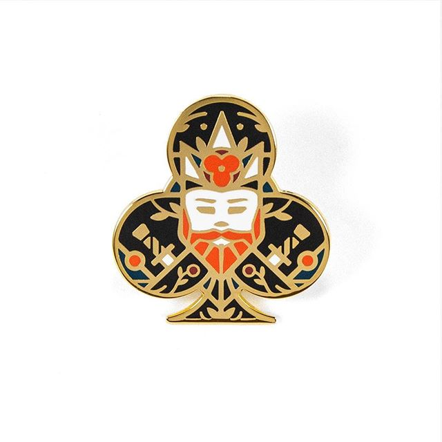 ** NEW PIN ** King of Clubs 5-color hard enamel with shiny gold plating ✨ 🤴 ✨