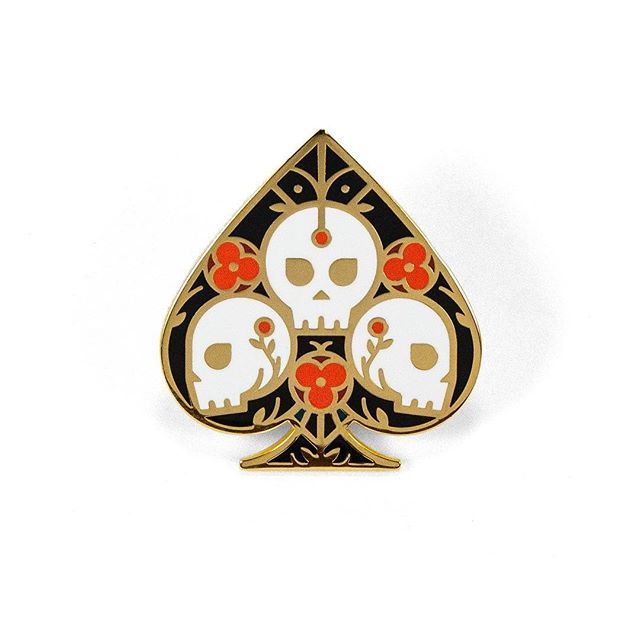 Ace of Spades got a makeover 🤗 Now a 5-color enamel pin and shiny gold.