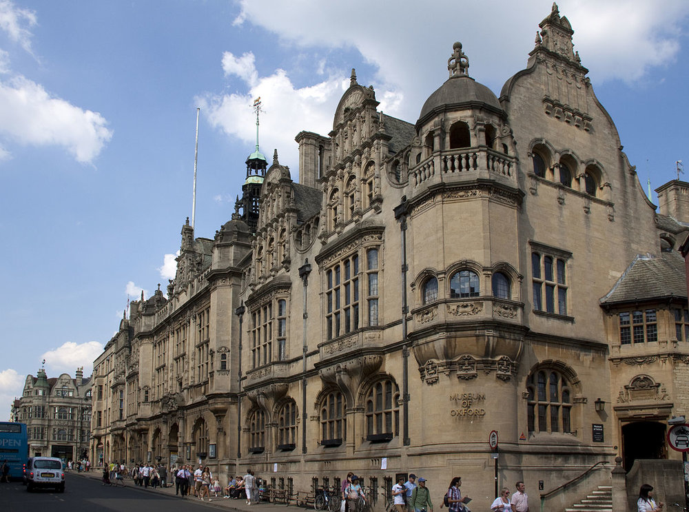 OXFORD TOWN HALL - OXFORD