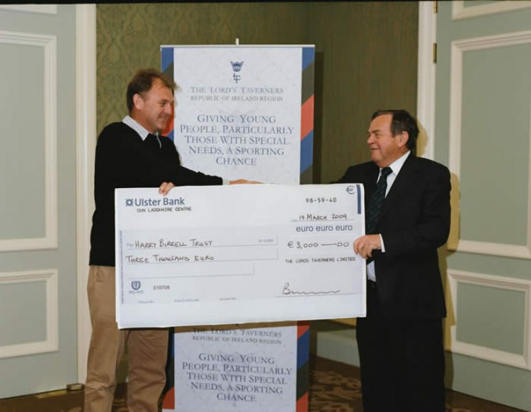 IRFU_and_Harry_Birrell_Cheque_Presentation_03.jpg