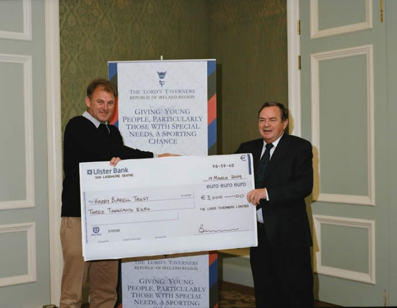 IRFU_and_Harry_Birrell_Cheque_Presentation_04.jpg