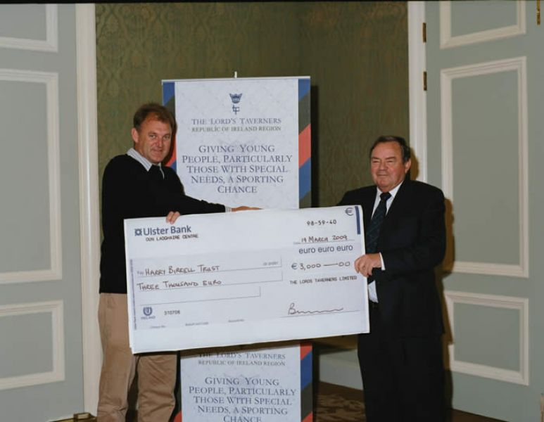 IRFU_and_Harry_Birrell_Cheque_Presentation_05.jpg
