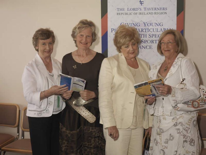Lords_Taverners_Leopardstown_Race_Night_Pic_02.jpg