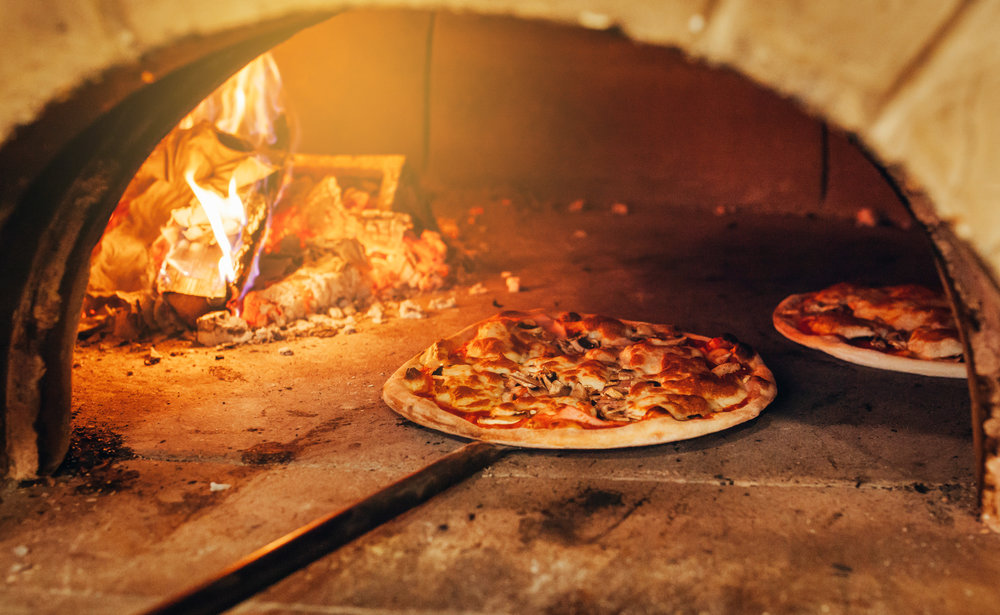 brick oven pizza.jpeg