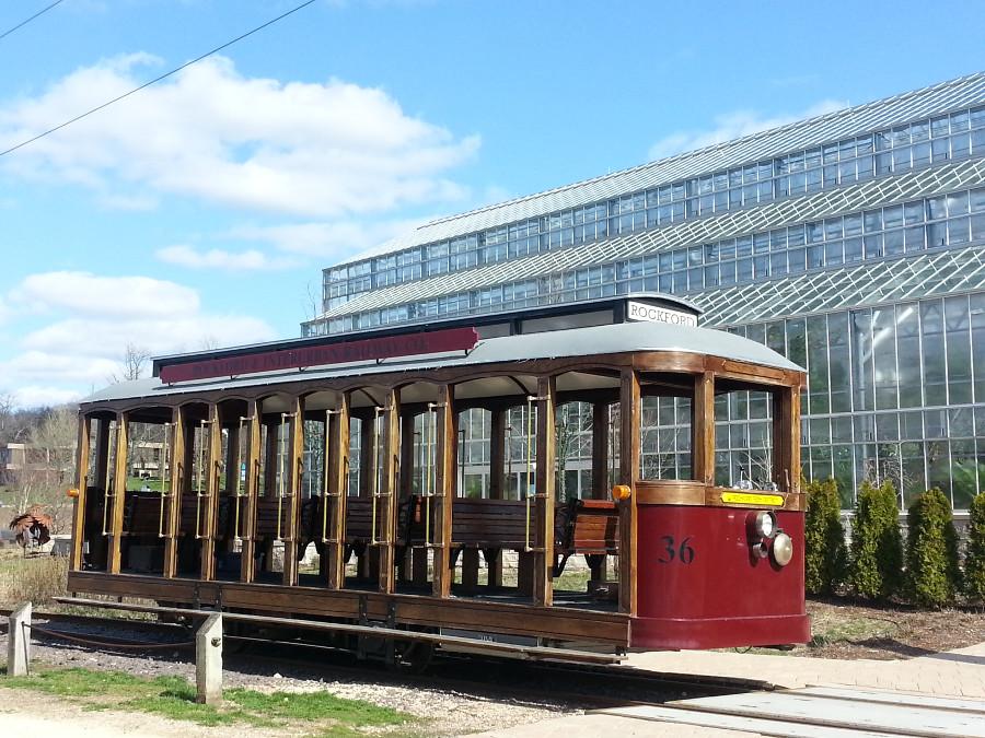 Trolley3.jpg