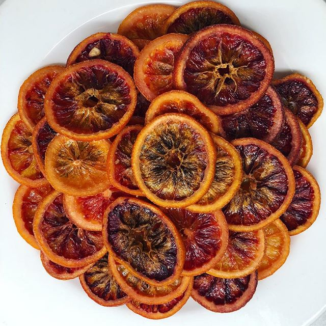 Candied blood orange #craftcocktail #bartender #oldfashioned #oldfashionedcocktail #cocktailgarnish
