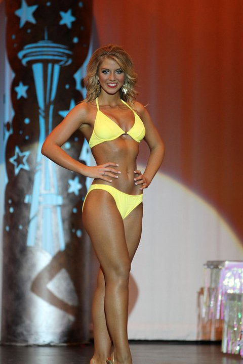 miss washington 2011 swimsuit.jpg