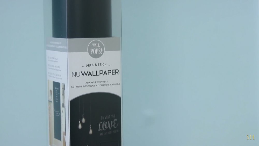 how to remove air bubbles from wallpaper