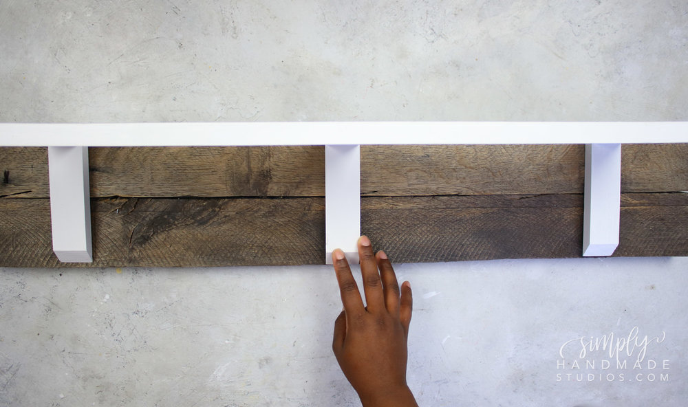 simple pallet furniture
