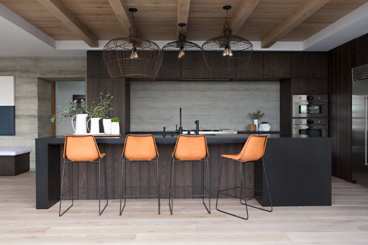 Kitchen inspiration via Harbor View Hills project by  Eric Olsen  Design.