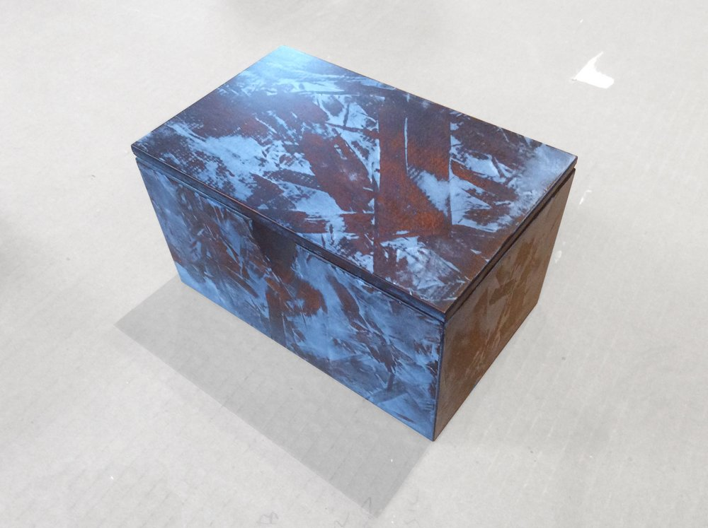brown_curio_box2.jpg