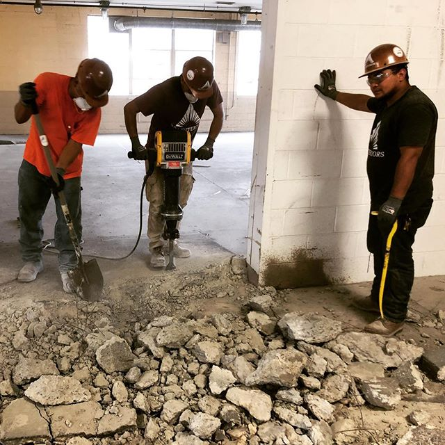 Demo underway at 3435 W Leigh, another incredible office suite coming to #scottsaddition. Armando's crew tearing it up! #demolition #demoday #hardwork #dewalttough @urbancoreva @fultzsingharchitects @permitzip #dreamteam