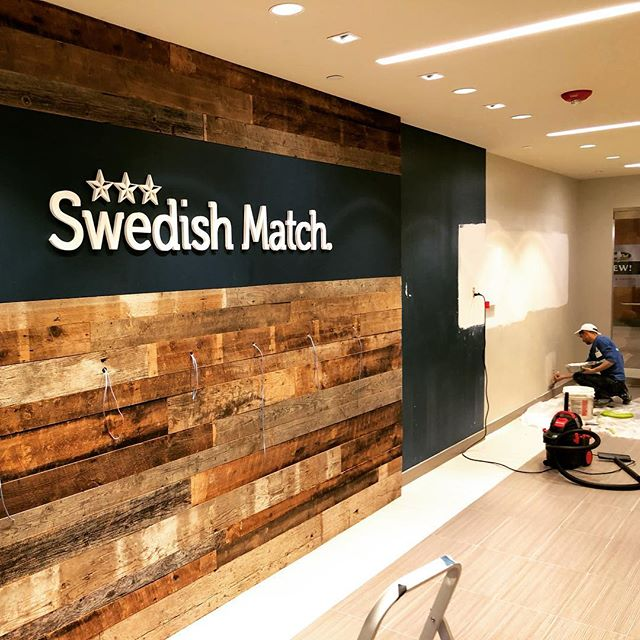 Wrapping up an off hours lobby remodel with @dallanconstruction for @swedishmatchstores in James Center. Shout out to Custom Woodwork for providing the reclaimed wood, turned out awesome! #nightwork #lobby #reclaimedwood #tobacco #quickturnaround