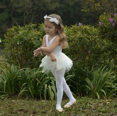 A Swan Lake Dance Extravaganza for Children - The Swan Lake Experience : A Magical Dance Event for Children Ages 4-10December 1 2018. Registration opens November 2nd.We are back with another one of our signature holiday dance events just for children. This magical and memorable event will have your little ballerina  performing right along side our Senior Company dancers in a grande performance of Swan Lake!Each little ballerina will get a professional dance costume, tiara and the chance to let their star shine as they perform live in our special Swan Lake performance. The event includes a workshop where they will learn a beautiful and fun dance routine and have the chance to learn about the enchanting story of Swan Lake and the magic of the ballet.Create magical holiday memories for years to come with this one of a kind expereince.Space is limited in this magical, exclusive one time only event. Join our mailing list to be the first to know when registration opens! We would love to see you there.