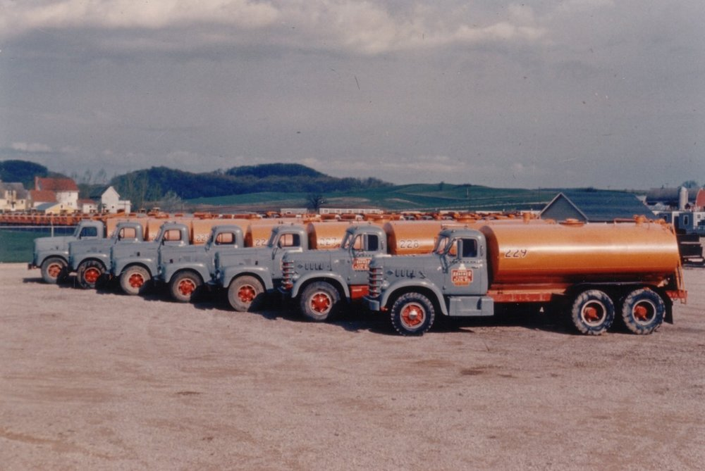 10-Water trucks built in EKS shops.jpg