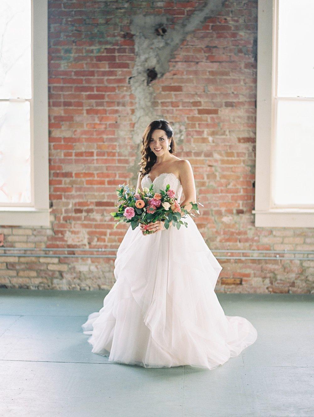 Dreamland-Ballroom-Little-Rock-Wedding_0404.jpg