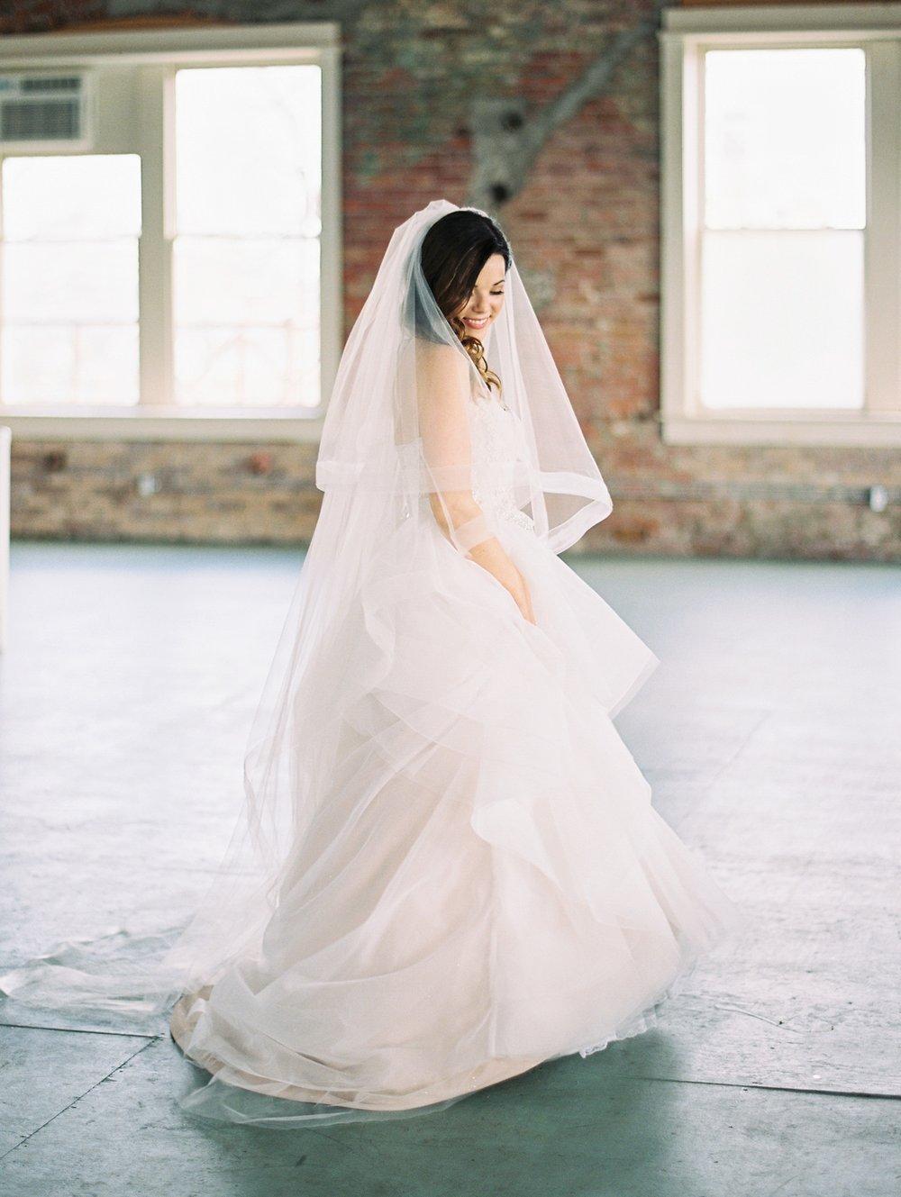 Dreamland-Ballroom-Little-Rock-Wedding_0414.jpg