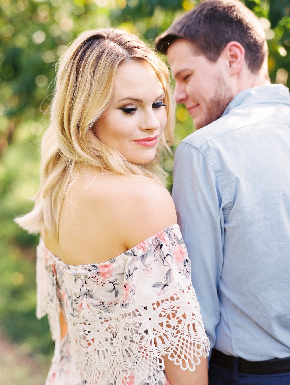 Peach-Orchard-Engagement-Session-Arkansas_0011.jpg