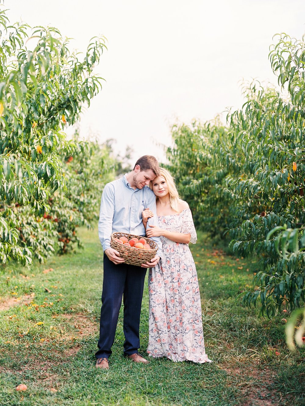 Peach-Orchard-Engagement-Session-Arkansas_0019.jpg