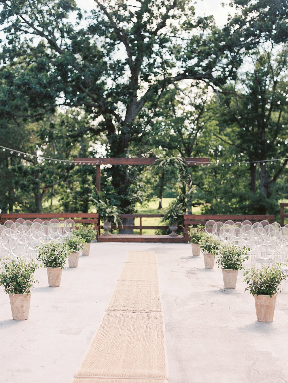 Barn at The Springs Arkansas Wedding Zimmerman Floral_0018.jpg