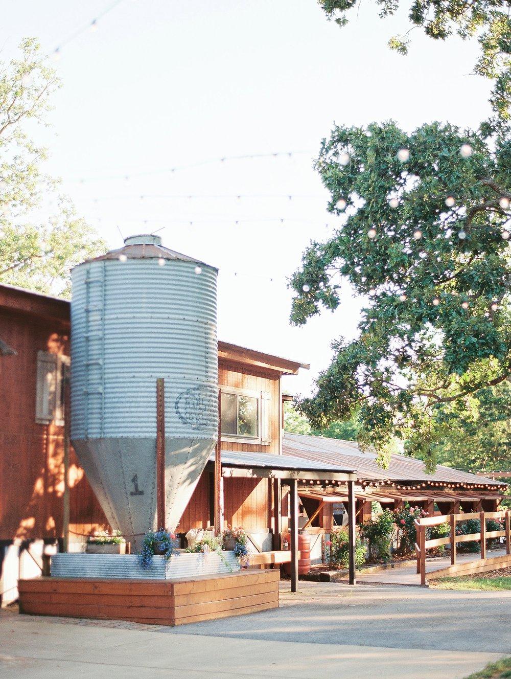 Barn at The Springs Arkansas Wedding Zimmerman Floral_0034.jpg