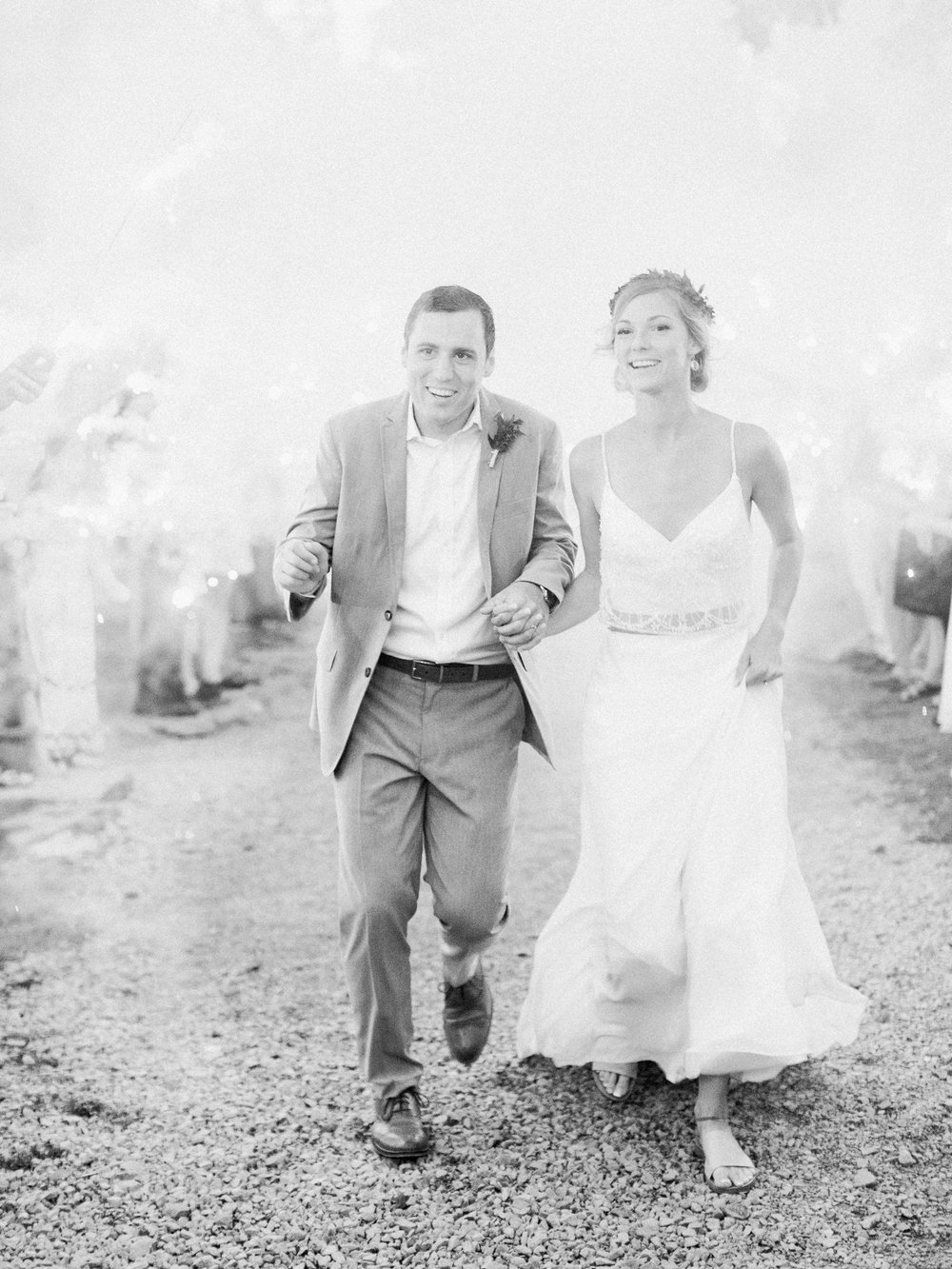 Kindred Barn Wedding Arkansas_0710.jpg