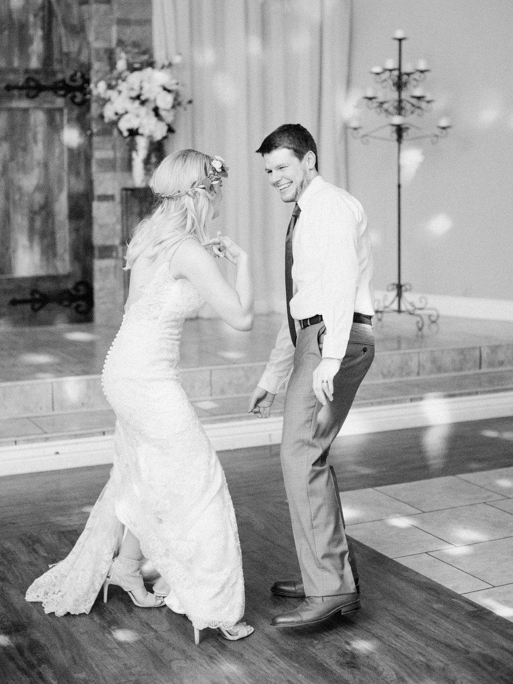 Northwest Arkansas Wedding Photographer_1483.jpg
