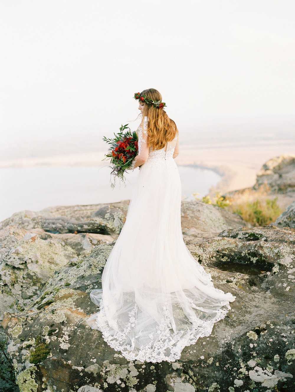 Wintry Petit Jean Mountain Bridal Session_2039.jpg