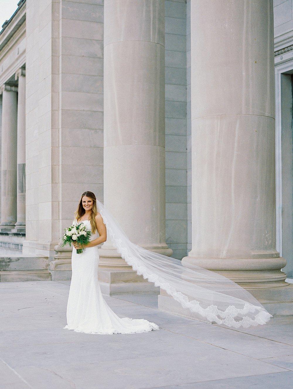 Arkansas Capitol Building Bridal Session_0640.jpg