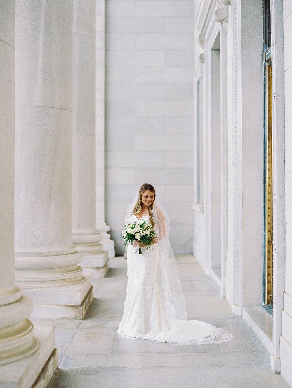 Arkansas Capitol Building Bridal Session_0642.jpg
