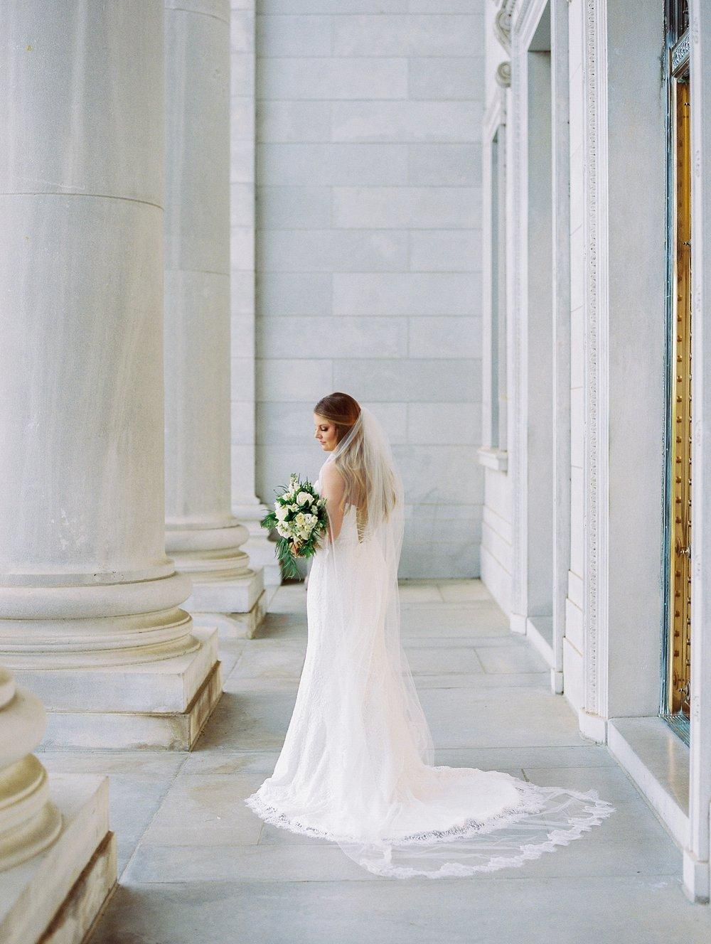 Arkansas Capitol Building Bridal Session_0645.jpg