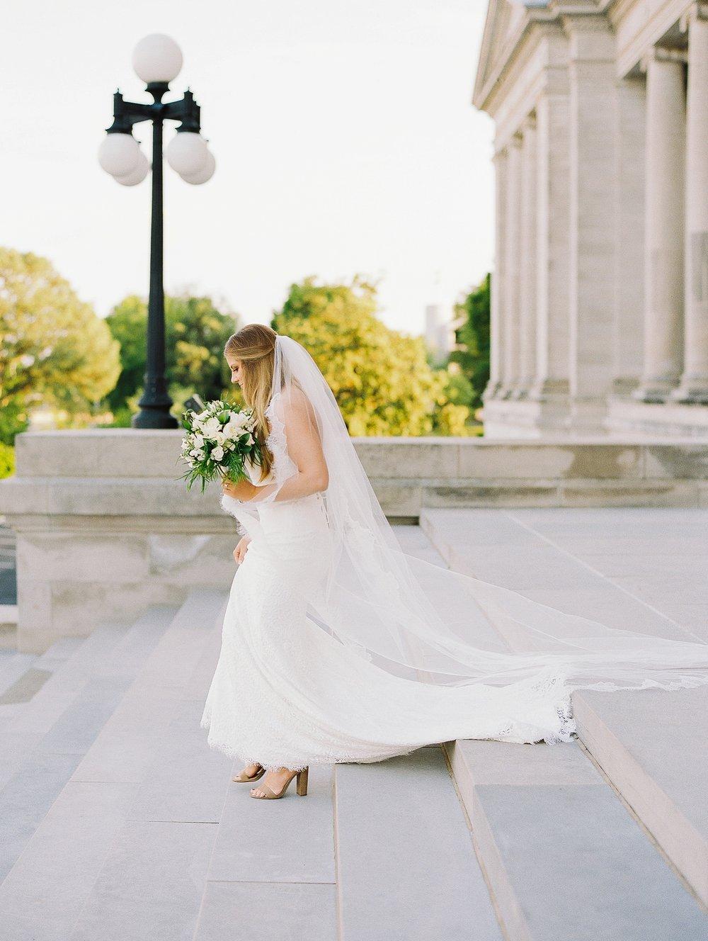 Arkansas Capitol Building Bridal Session_0647.jpg