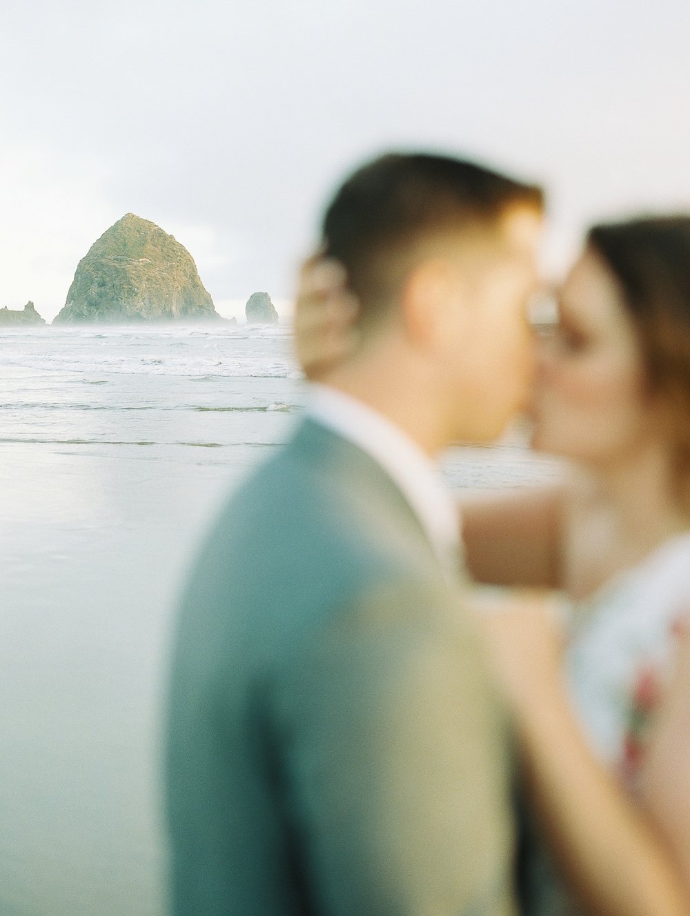 Cannon Beach Oregon Wedding Photographer_1337.jpg