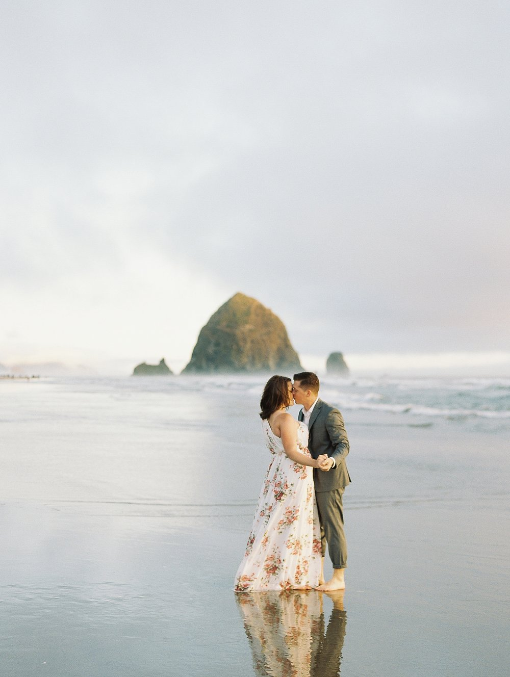 Cannon Beach Oregon Wedding Photographer_1370.jpg