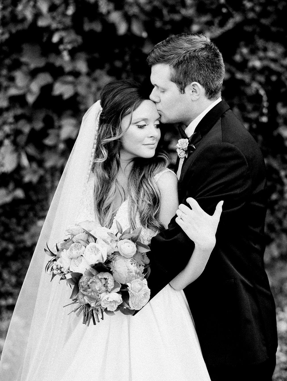 The Ravington Arkansas Wedding_1427.jpg