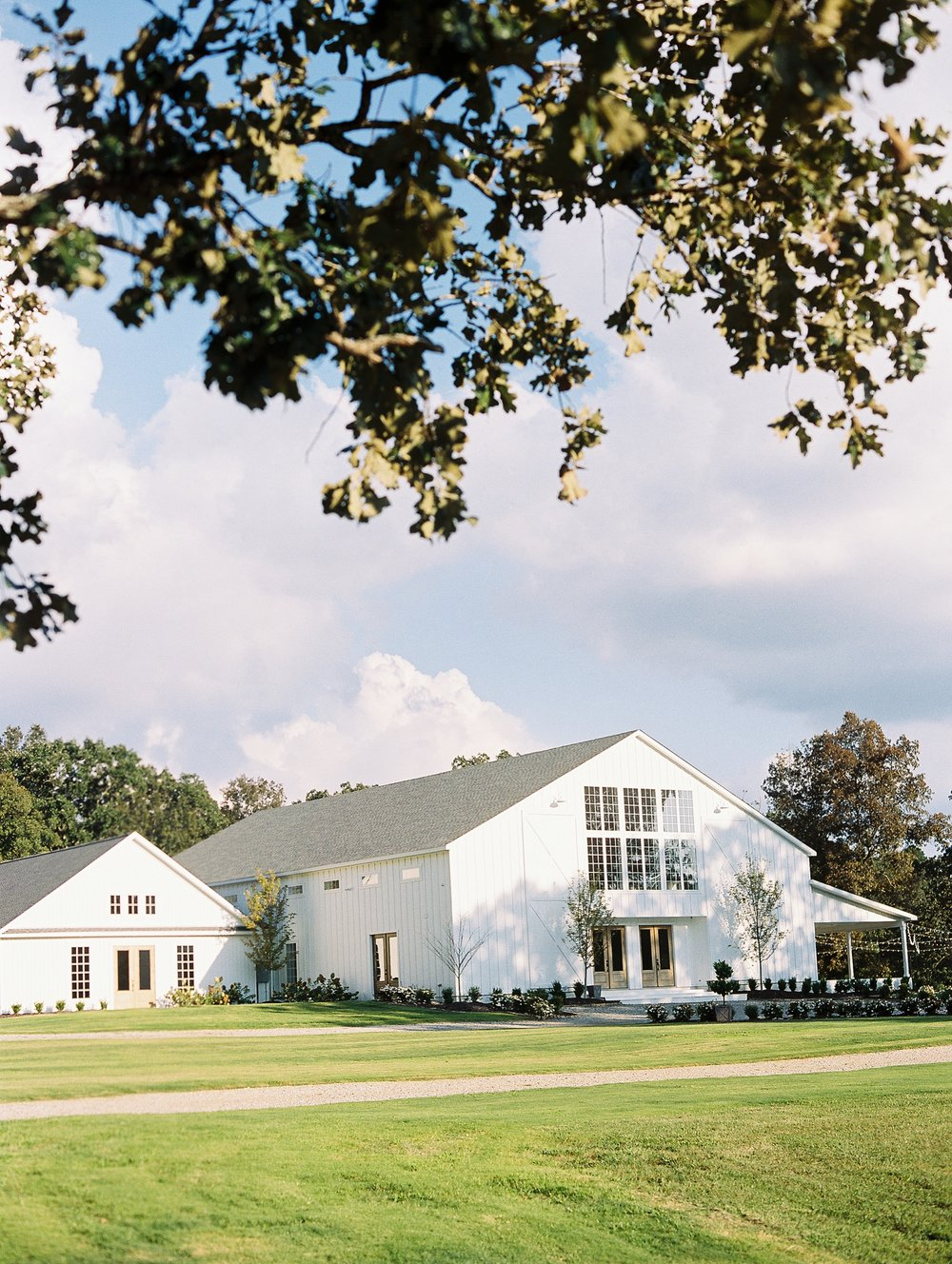 The Grandeur House Wedding Arkansas_1838.jpg
