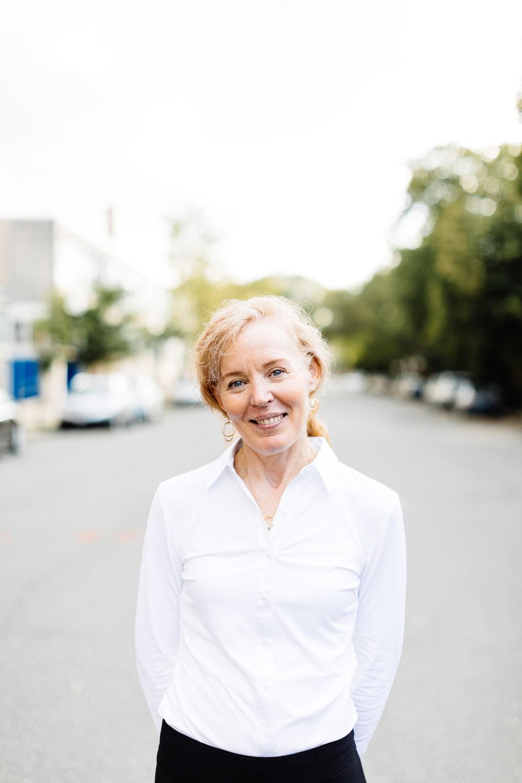 Susan Dahl +