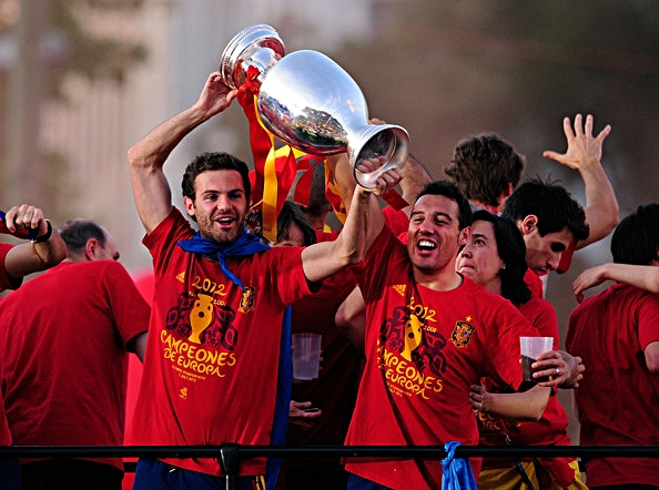Santi+Cazorla+Juan+Mata+UEFA+EURO+2012+Champions+qz5sZWzAoaZl.jpg